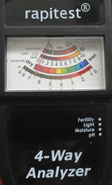 4 Way Analyzer measures moisture, light, pH and fertilizer levels